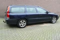 Volvo-V70-11