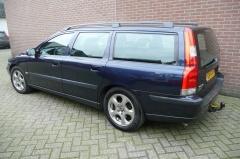 Volvo-V70-1