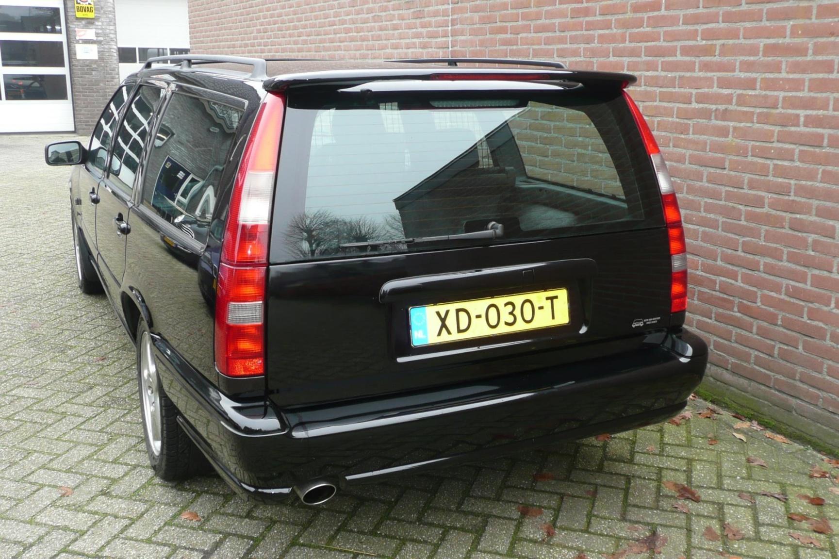 Volvo-V70-3